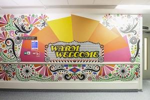 15 artistas embellecen el Hospital para Niños